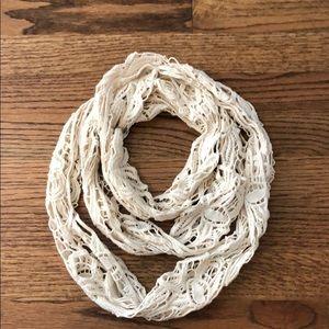 Old navy infinity crochet scarf